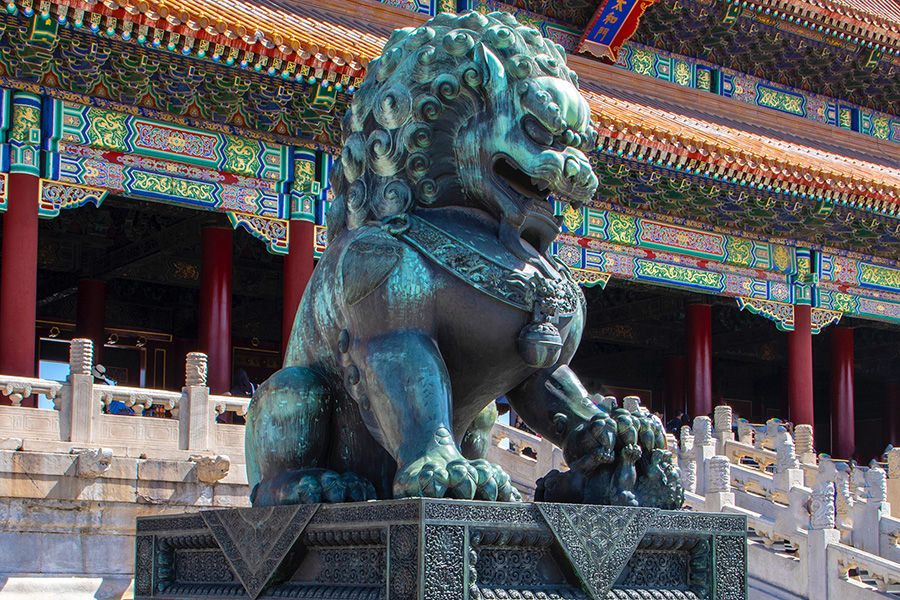 13 Feng Shui Animal Statues + Meanings